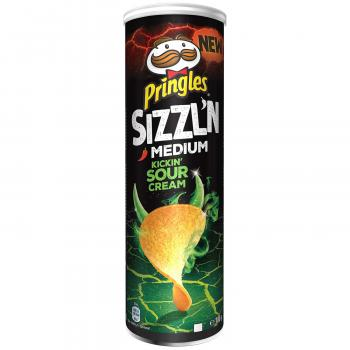 Pringles Sizzl'n Medium Sour Cream Stapelchips mit Sauerrahmgeschmack